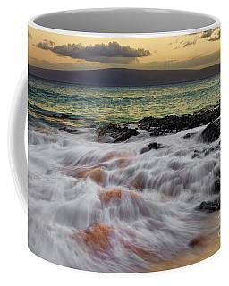 Running Wave At Keawakapu Beach Coffee Mug
