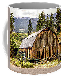 Rural Oregon Barn Coffee Mug