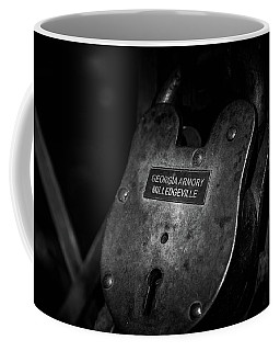 Rusty Lock In Bw Coffee Mug