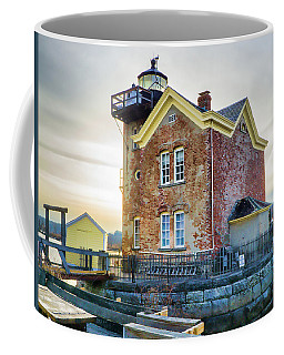 Coffee Mug featuring the photograph Saugerties Lighthouse by Nancy De Flon