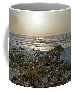 Coffee Mug featuring the photograph Setting Sun On The Beach by Paul Mashburn