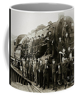 Steam Engine 351 On Turntable Coxton Yards Coxton Pennsylvania Early 1900s Coffee Mug