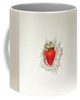 Strawberry Splash In Milk Coffee Mug