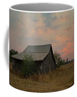 Summer Barn Coffee Mug