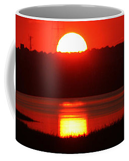 Coffee Mug featuring the photograph Sunset Over Bridgeport by William Selander