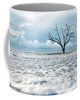 Coffee Mug featuring the photograph Surfside Tree by Phyllis Peterson