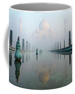 Taj Mahal At Sunrise 01 Coffee Mug