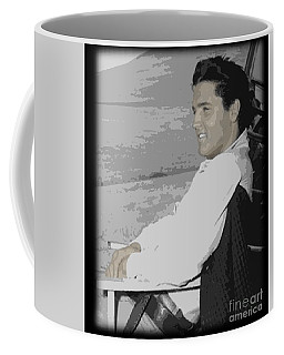 The King Rocks On Xxxix Coffee Mug