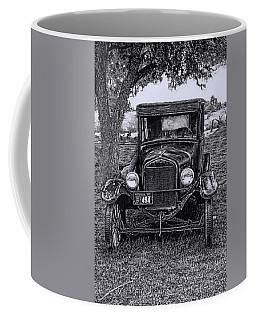 Coffee Mug featuring the digital art The Old Car by Bonnie Willis