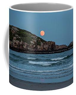 The Strawberry Moon Rising Over Good Harbor Beach Gloucester Ma Island Coffee Mug