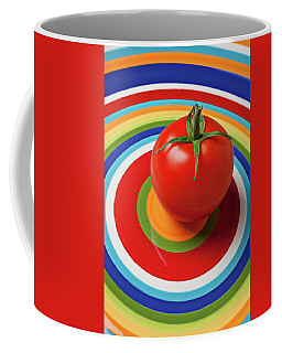 Tomato On Plate With Circles Coffee Mug