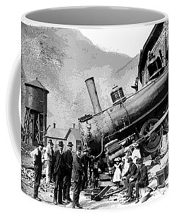Coffee Mug featuring the photograph Train Wreck - 1913 by Pg Reproductions