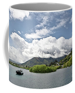 ueenstown New Zealand. Remarkable ranges and lake Wakatipu. Coffee Mug