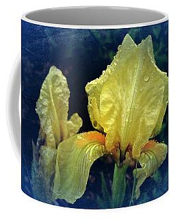 Vintage Dwarf Iris Coffee Mug