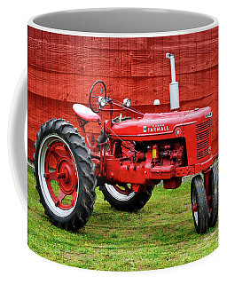Vintage Farmall Tractor With Barnwood Coffee Mug