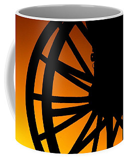 Wagon Wheel Sunset Coffee Mug
