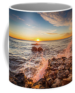 Wave Splashes Coffee Mug