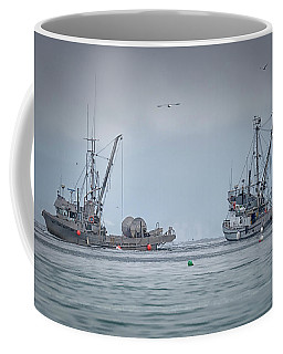 Coffee Mug featuring the photograph Western Gambler And Marinet by Randy Hall