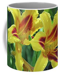 Wet And Wild Daylily Duo Coffee Mug