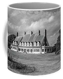 Coffee Mug featuring the photograph Whalehead Club by David Sutton