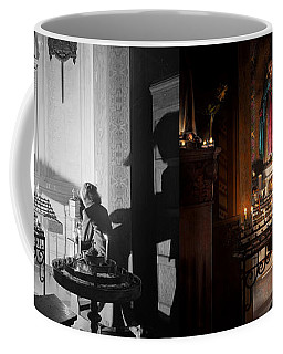 Wwii - I'll Pray For You 1944 Side By Side Coffee Mug