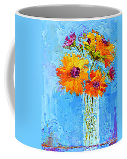 Yellow Daisies Flowers - Peonies In A Vase - Modern Impressionist Knife Palette Oil Painting Coffee Mug