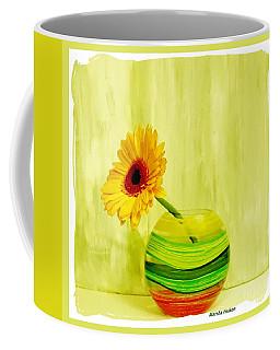 Yellow Gerber Matching Vase Coffee Mug