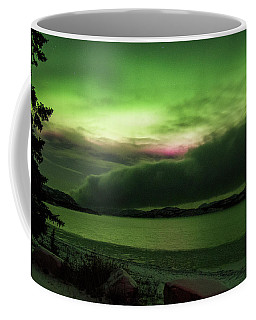 Coffee Mug featuring the photograph Yukon Northern Lights 9 by Phyllis Spoor