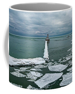 Milwaukee Breakwater Lighthouse Coffee Mug