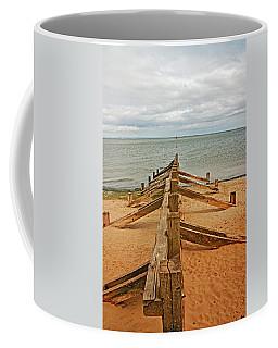 19/08/13 Edinburgh, Poetobello. The Shore And Groynes. Coffee Mug
