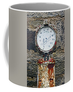 25/08/14. Lochearnhead. Old Tyre Pump. Coffee Mug
