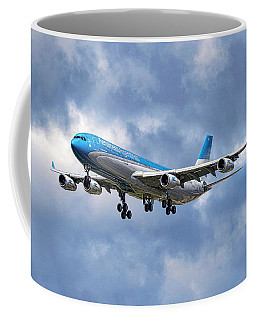 Aerolineas Argentinas Airbus A340-313 Coffee Mug
