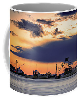 Coffee Mug featuring the photograph At Anchor At Lookout Point by Rick Berk