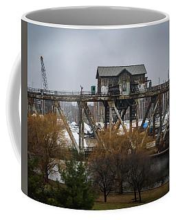 House Bridge Coffee Mug