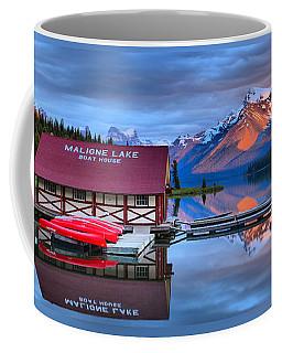 Maligne Lake T-shirt Coffee Mug
