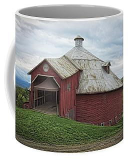 Round Barn - Mansonville, Quebec Coffee Mug