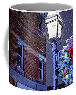 Wreath On A Lamp Post Coffee Mug