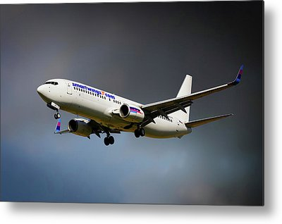 Boeing 737-900 Metal Prints