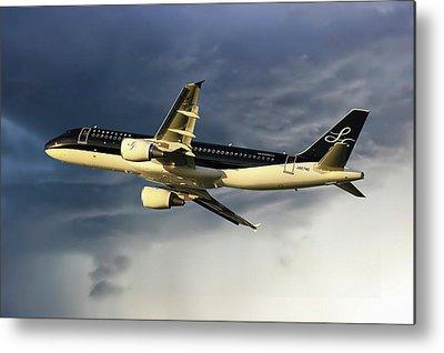 Airbus A320-214 Metal Prints