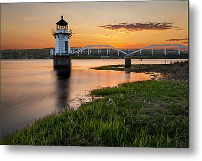 Doubling Point Light Metal Prints