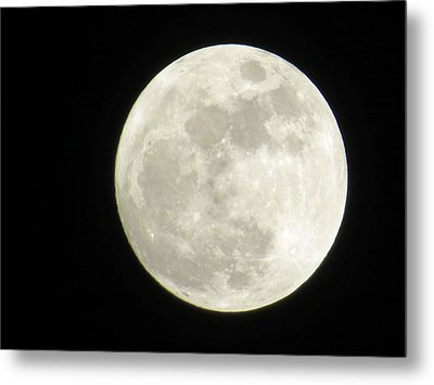 A Winter'sfullmoon Over Ga Metal Print by Aaron Martens