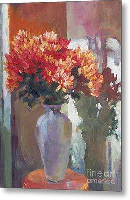 Chrysanthemums In Vase Metal Print by David Lloyd Glover