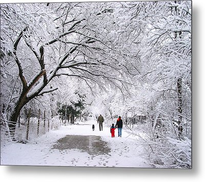 Family Walk In The Snow Metal Print