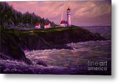 Heceta Head Lighthouse At Dawn's Early Light Metal Print by Glenna McRae