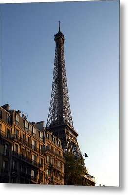 Metal Print featuring the photograph  The Eiffel Tower by Mariana Costa Weldon