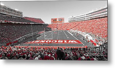 0095 Badger Football  Metal Print