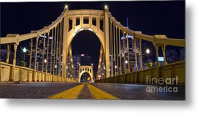 0304 Roberto Clemente Bridge Pittsburgh Metal Print