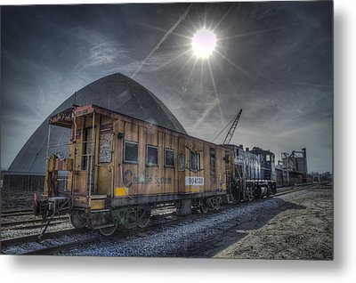 03.21.14 Csx Switcher - Co Caboose Metal Print by Jim Pearson