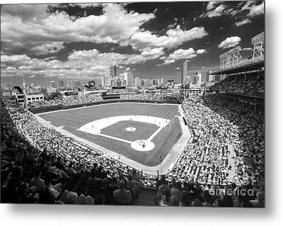 0416 Wrigley Field Chicago Metal Print by Steve Sturgill