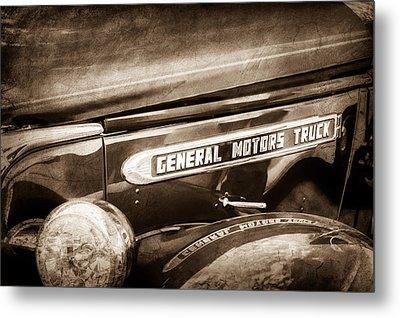 1940 Gmc General Motors Truck Emblem Metal Print